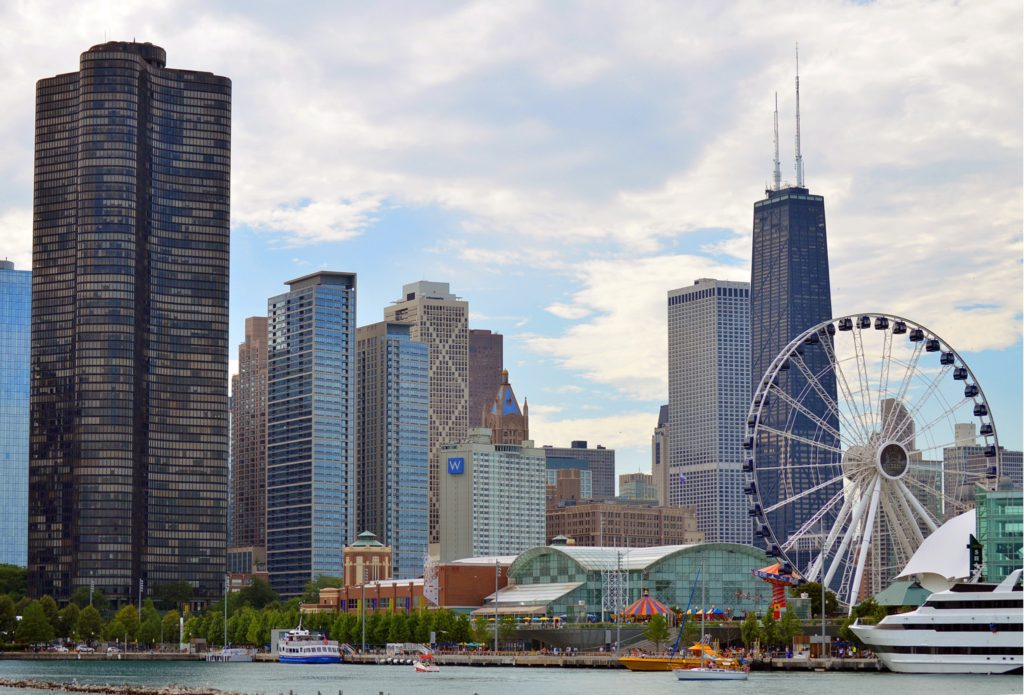Chicago Lakefront/Navy Pier and downtown skyline